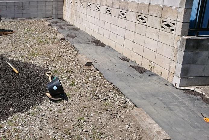 空き地・空き家の再生投資 空き地再生投資-DIYで青空駐車場を整備